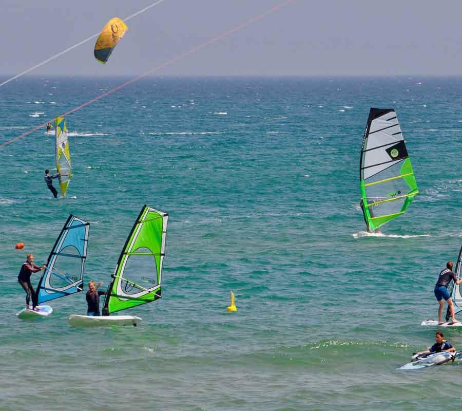 garganosurf-1-cala-azzurra-windsurf-kitesurf-wind