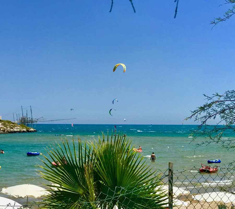 isola-la-chianca-garganosurf-2-kiter-bucht-palme