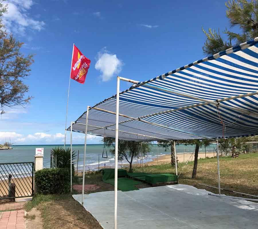 isola-la-chianca-garganosurf-2-schule-unterstand