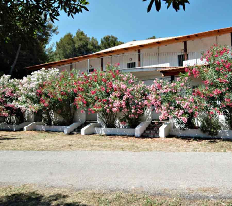isola-la-chianca-unterkunft-bungalow-huegel